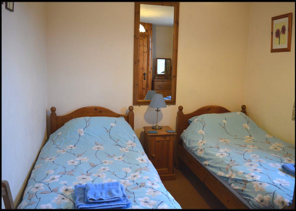 Cider_Cottage_bedroom_three