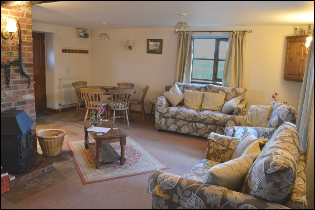 Cider_Cottage_sitting_room