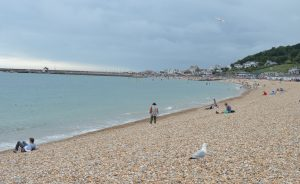Lyme_Regis_Cobb_from_the_beach
