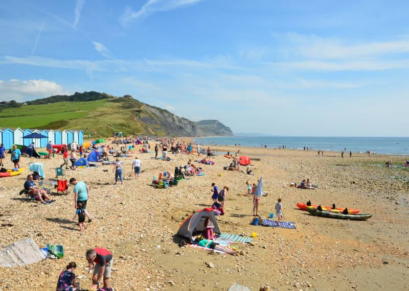 Charmouth_beach_in_Summer