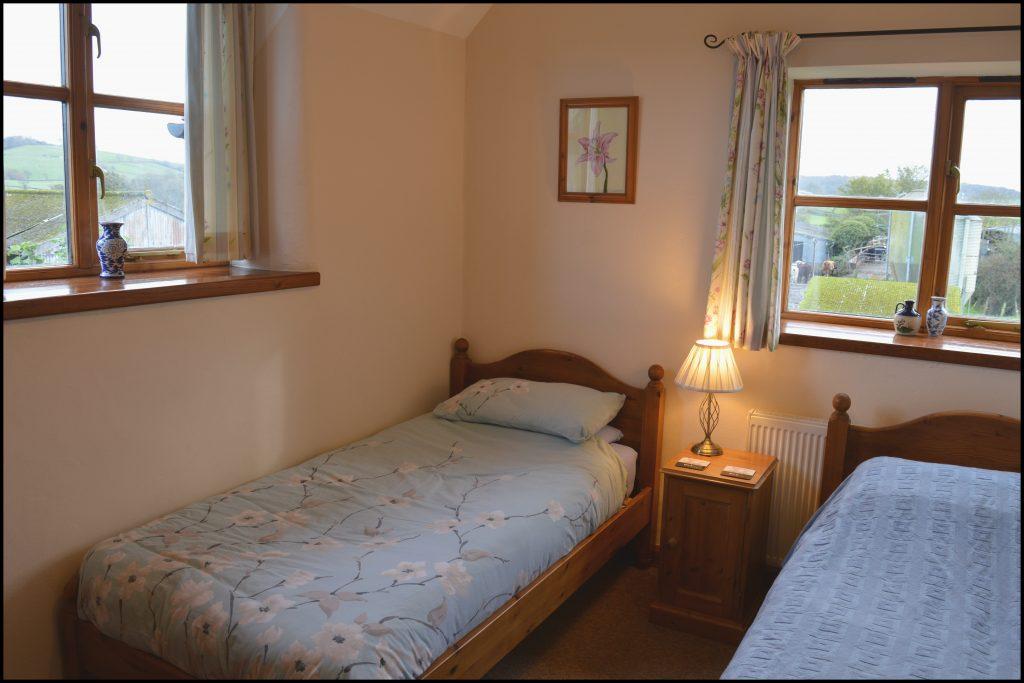 Cider_Cottage_bedroom_two