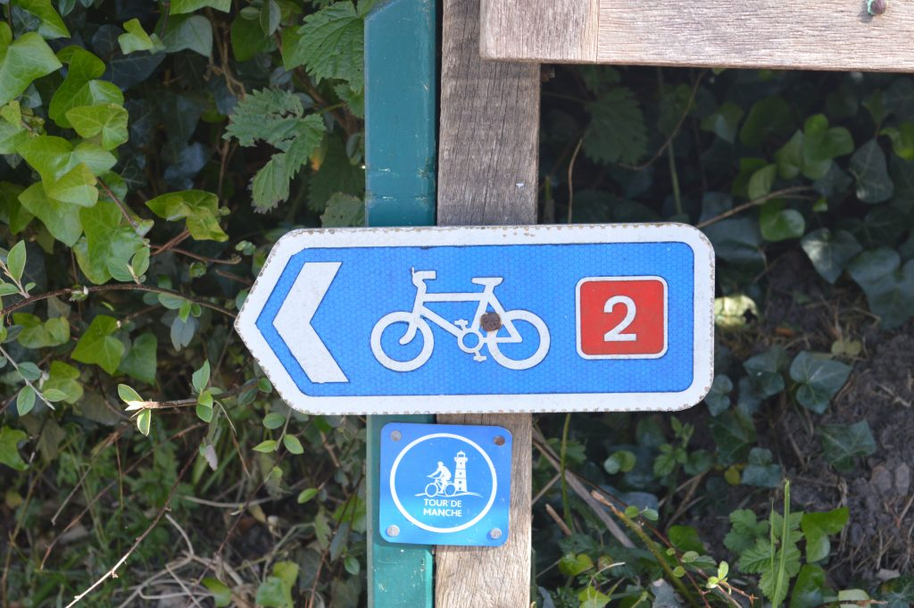 Sustrans cycle route 2 runs through Wootton Fitzpaine