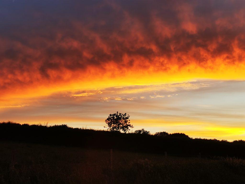 Beautiful_evening_sky_from_campsite